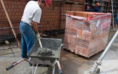 Materiały dla powodzian już bez VAT
