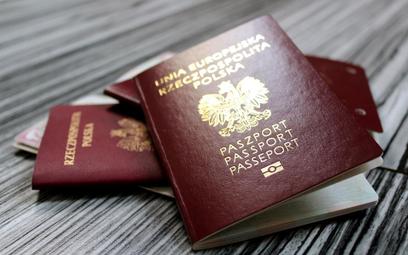 Asesor sądowy i prokuratury muszą mieć wyłącznie polskie obywatelstwo