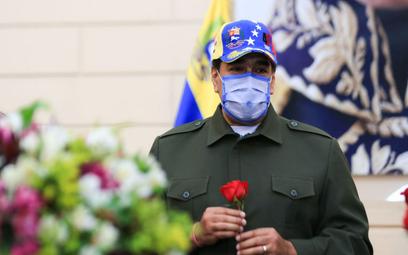 Koronawirus. Prezydent Wenezueli: Świat zaczyna się zgadzać, że Sputnik V jest najlepszy