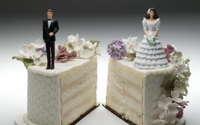 Stwierdzenie nieważności małżeństwa w Kościele Katolickim a rozwód cywilny