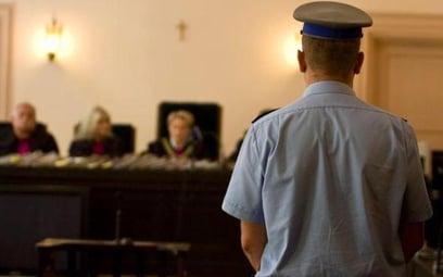 Nawet w najmniejszych sądach powinna być policja albo straż sądową.
