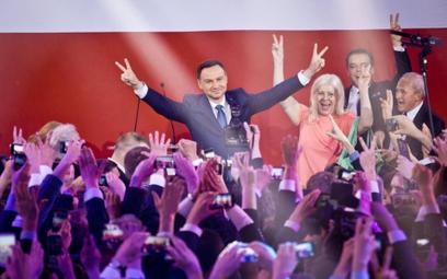 Miliony widzów śledziły wyniki wyborów