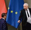 Jarosław Kaczyński promuje Mateusza Morawieckiego, mimo że premier nie jest popularny w PiS