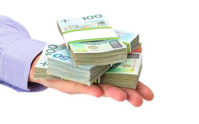 Polscy kredytodawcy stali się silniejsi, ale mniej rentowni