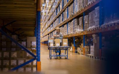 Konsumpcja ratuje transport i logistykę