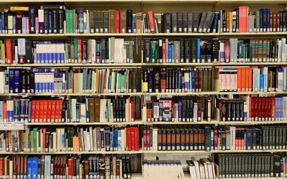 Niechciane książki w uniwersyteckiej bibliotece