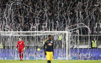Niemcy: Protest kibiców. Nie chcą oglądać meczów w poniedziałki