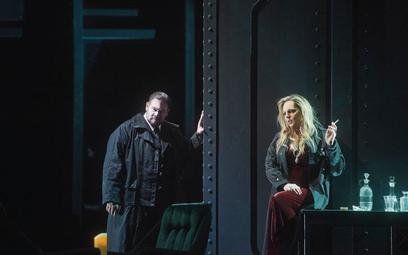 Eva-Maria Westbroek (Izolda) i Stuart Skelton (Tristan) w spektaklu Mariusza Trelińskiego w Baden-Ba