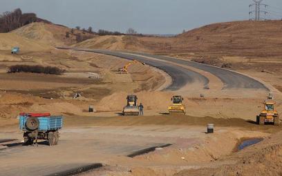 Ograniczanie praw właścicieli przy prowadzeniu inwestycji drogowych