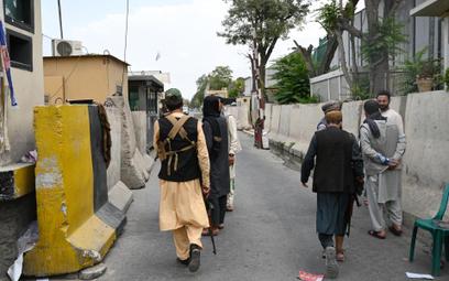 Talibowie panami rynku opium i heroiny