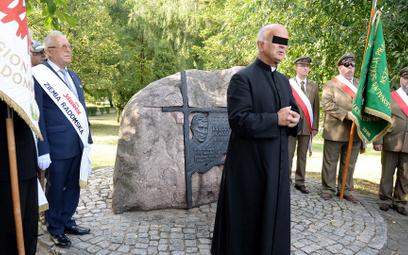 Ks. Stanisław S. ma odpowiadać za składanie fałszywych zeznań