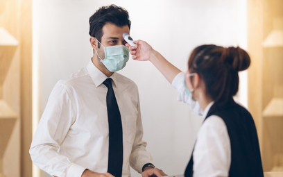 Pracodawca może mierzyć temperaturę u pracowników
