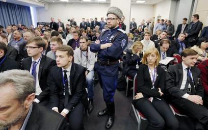 Kozacy i deputowani Parlamentu Europejskiego, czyli zjazd skrajnej prawicy w Petersburgu