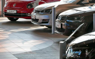 Kredyty bankowe są jedną z częściej stosowanych form finansowania zakupu aut
