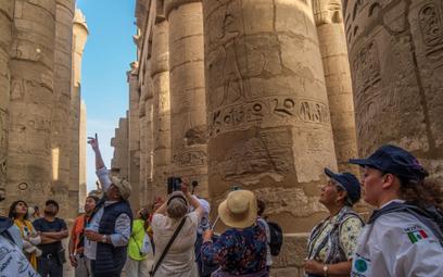 Egipt obniża ceny biletów i opłaty dla samolotów