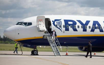 Ryanair nie chce w Polsce pracowników na etacie