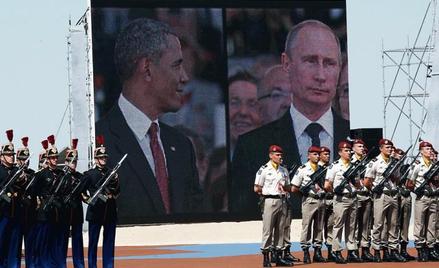 Barack Obama i Władimir Putin na obchodach D-Day