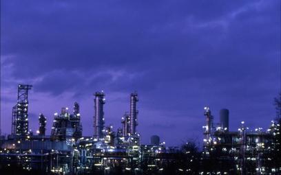 Ropa z Iranu płynie do Polski