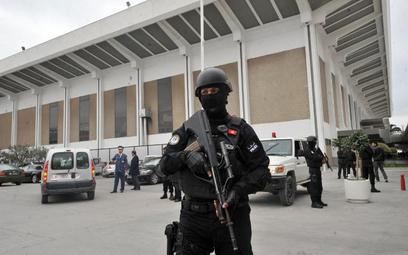 Poprawia się stan rannych w Tunezji