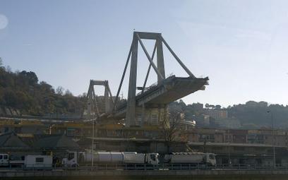 Pozostałości po zawalonym w sierpniu moście Morandi