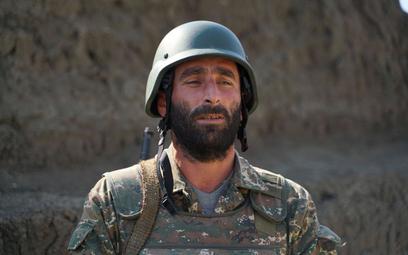 Armenia: Snajper z Azerbejdżanu zabił naszego żołnierza