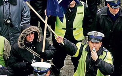 Minister nie przekonał policjantów do zmian – mówi Antoni Duda, szef NSZZ Policjantów. Na zdjęciu pr