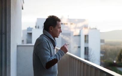 Litwa wprowadza zakaz palenia na balkonach