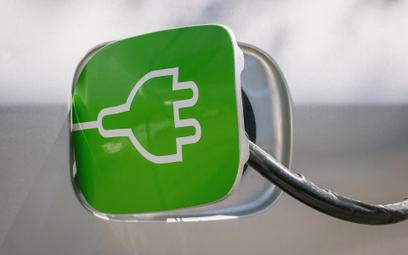 Lotos inwestuje punkty ładowania aut na prąd