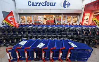 Carrefour na sprzedaż? Zainteresowana sieć stacji benzynowych