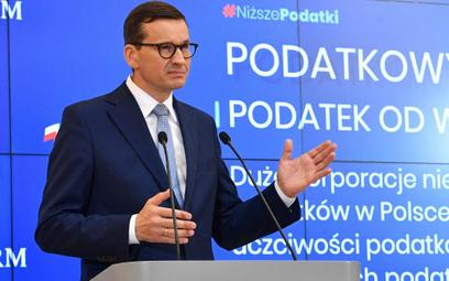 Piotr Skwirowski: Uwaga na mały druczek
