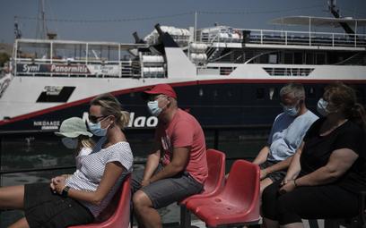 Grecja z dużymi spadkami liczby turystów