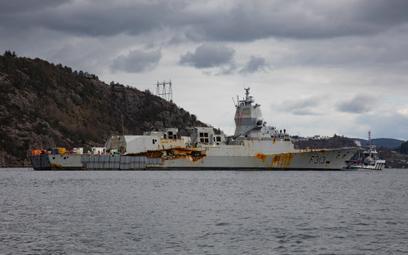 Fregata rakietowa HNoMS Helge Ingstad po podniesieniu z dna. Fot./Siły Zbrojne Królestwa Norwegii.