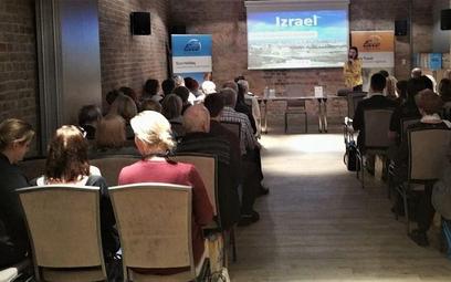 Ecco Holiday opowiadało agentom o Izraelu
