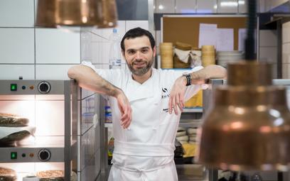 Andrea Camastra zdobył gwiazdkęMichelin dla nieczynnej już warszawskiej restauracji Senses.