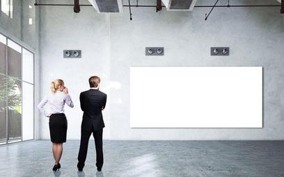 Przesunięcie towarów z firmy jednego małżonka do firmy drugiego a VAT