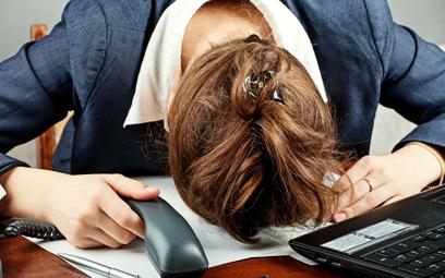 Syndrom chronicznego zmęczenia możemy podejrzewać, gdy odpoczynek nie dodaje energii a objawy utrzym
