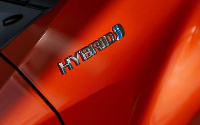 Tanieją hybrydy Toyoty dzięki obniżeniu akcyzy