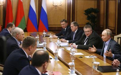 Łukaszenko: Władze Rosji mówią o przyłączeniu Białorusi