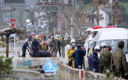 Śmiertelnie groźne ulewy w Japonii. Zginąć mogło 40 osób