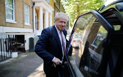 Biznes ostrzega następców May przed twardym brexitem