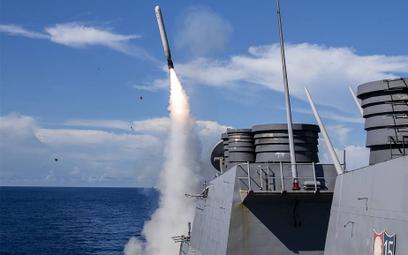 Rząd Australii planuje zakup dla Royal Australian Navy m.in. pocisków manewrujących, które pozwolą n