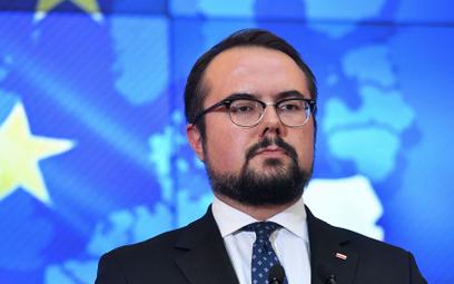 Wiceszef MSZ: Pomagamy Białorusinom, wydaliśmy 150 tys. wiz