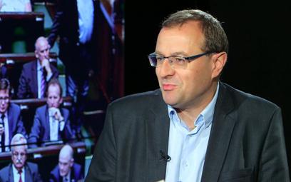 Prof. Dudek: Równie dobrze Macierewicz mógł być agentem