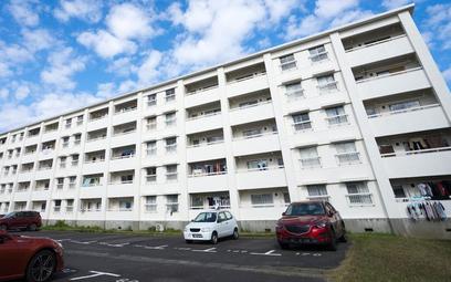 Parkowanie pod oknami mieszkań - co sądy robią z uchwałami wspólnot