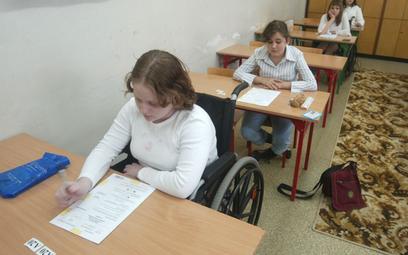Szkoły wyspowiadają się, jak wspierają uczniów ze szczególnymi potrzebami