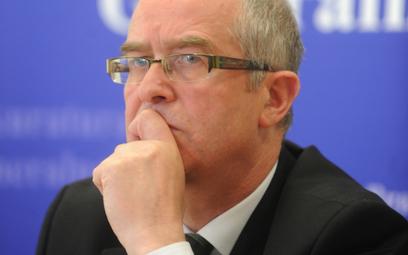 Andrzej Seremet: Nadal nie wiemy, kiedy wrak będzie w Polsce
