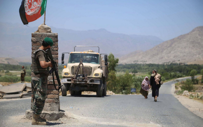 Rosja pomoże Tadżykistanowi umocnić granicę z Afganistanem