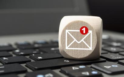 Konsument może komunikować się z bankiem przez e-mail - wyrok Sądu Najwyższego