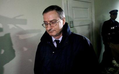 Szef ABW pytany w prokuraturze o to, czy płk Tobiasz jest współpracownikiem Agencjim zasłonił się ta