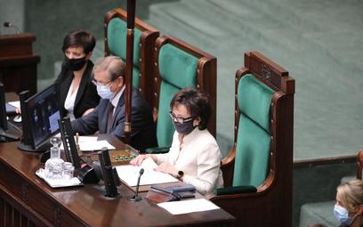 Reasumpcja głosowania w Sejmie? Lewica rozważa wniosek o odwołanie marszałek Witek
